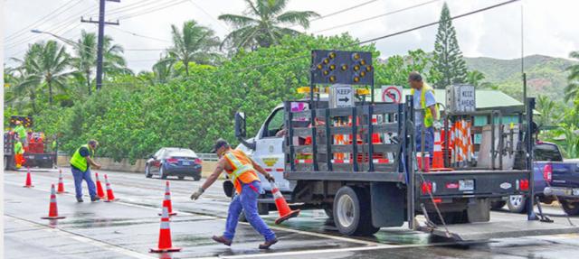 Kauai Traffic - Contraflow Cones