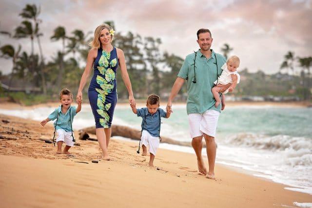 Kauai Photographers - Lisa Lizarraga